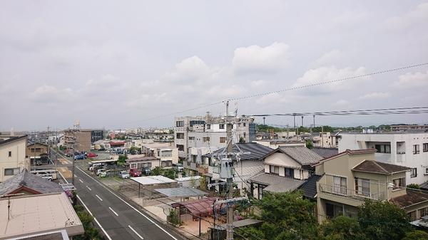 屋上からの景色 と 雨漏り修理