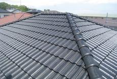 屋根をピカリ