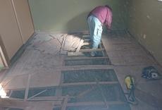 床貼替・補強工事