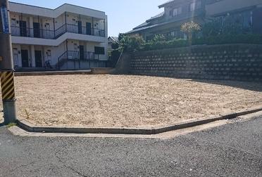 駐車場整備工事Before